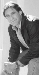 Indie author Robert Ellis