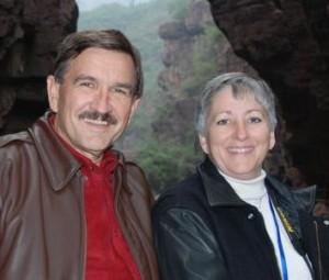 Indie authors Lisa Brochu and Tim Merriman