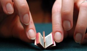miniature-book[1]