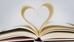 how-these-9-best-romance-books-will-make-you-fall-for-rains-more[1]