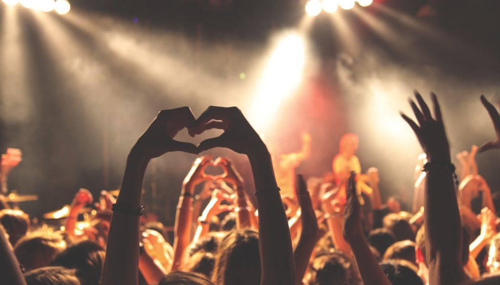 Is 1000 True Fans Still Relevant for Self-Publishers? | Amy Harrop's Blog