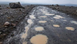 Icelandic-potholes-photo-by-Hansueli-Krapf[1]
